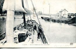N°2677A -cpa Caen -sur Le Canal De Caen à La Mer- - Caen