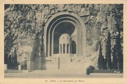 CPA - France - (06) Alpes Maritimes - Nice - Le Monument Aux Morts - Monuments, édifices