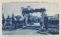 Paris 1925, Exposition Des Arts Décoratives, Une Cour Jardin De L'esplanade Des Invalides (pk56084) - Exposiciones