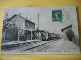 T3 7517 RARE CPA 1910 - 60 DOMPIERRE-FERRIERES. LA GARE - ANIMATION. TRAIN - France