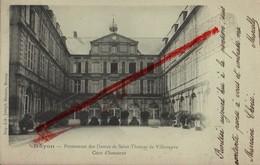 (Oise) Noyon - 60 - Précurseur : Pensionnat Des Dames De St-Thomas De Villeneuve, Cour D'honneur (dos Simple) Cir. 1903 - Noyon