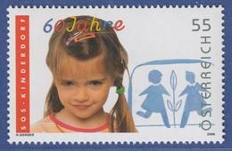 Österreich 2009 Sondermarke 60 Jahre SOS-Kinderdörfer,  Mädchen  Mi.-Nr. 2793 - 1945-.... 2a Repubblica