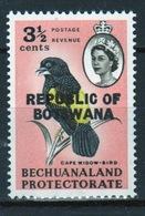 Botswana 3½ Cent 1966 Single Bird Stamp Of Bechuanaland Overprinted 'Republic Of Botswana' - Botswana (1966-...)