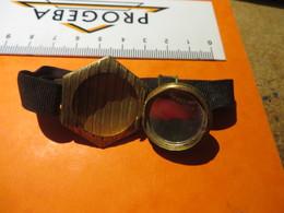 Bracelet ,MIROIR Et BOITE à PILLULE,tres Original - Bracelets