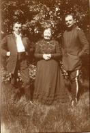 PHOTO ALLEMANDE - OFFICIERS ET MESDAMES LAVIN A FRESSAIN PRES FECHAIN - EMERCHICOURT NORD GUERRE 1914 1918 - 1914-18