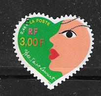 FRANCE 3298 Adhésif 28 Cœurs Yves Saint Laurent  . - France