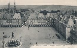 CPA - France - (08) Ardennes - Charleville - La Place Ducale - Charleville