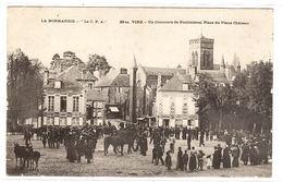 VIRE (14) - Un Concours De Poulinières, Place Du Vieux Château - Vire
