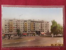 CPSM - Maubeuge - La Place Des Nations - Le Building - Maubeuge