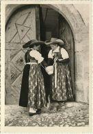AK Klausen Chiusa Südtirol Frauen In Tracht + Katze ~1950  #2508 - Italia