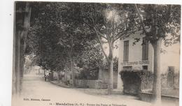 CPA B61 MANDELIEU Bureau Des Postes Et Télégraphes- Arbres - France