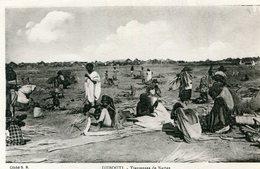 DJIBOUTI(TYPE) TRESSEUSE DE NATTES - Gibuti