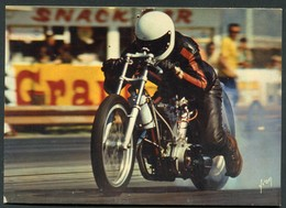 MOTO - COURSE DE DRAGSTER AUX U.S.A - 1200 HARLEY DAVIDSON - 90°/° DE METHANOL - Sport Moto