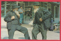 Grettings From THE AMISH COUNTRY - Two AMISH Gentlemen In Coversation** 2 SCANS - Etats-Unis