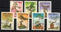 VIETNAM, VIET-NAM 1986, Bonzaïs, 7 Valeurs,, Oblitérés / Used. R189 - Vietnam