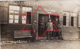 CP Photo 1916 ZIMMERBACH (près Munster) - Soldats Au Lager Protzkasten, Villa, Camp Allemand (A205, Ww1, Wk 1) - France