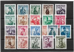 1690b: Österreich 1958, Trachten Weiß ** Komplett - 1945-60 Ungebraucht