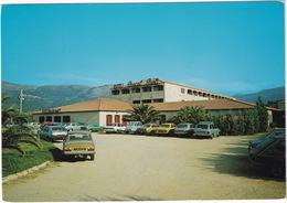 Algajola: PEUGEOT 304, RENAULT 14 TS, 12 BREAK, OPEL KADETT B & C, CITROËN 2CV, FORD FIËSTA - Hotel Pascal Paoli - Corse - PKW