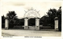 Australia, YACKANDANDAH, Victoria, Memorial Gates (1940s) RPPC - Australia