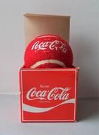 - Balle De Tennis. COCA COLA - Année 80 - - Coca-Cola