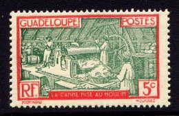 GUADELOUPE - N° 102* - TRAVAIL DE LA CANNE A SUCRE - Non Classificati