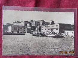 CPSM - Brest - Le Port - Le Bassin N°1 - Brest