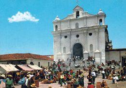 1 AK Guatemala * Markt Vor Der Kirche St. Thomas In Der Stadt Chichicastenango - Krüger Karte * - Guatemala