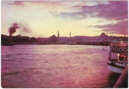 Istanbul - The Place Of Eminönü And Sunset From The Galata Bridge - (Türkiye) - Turkije
