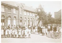 Ampsin. Institut Saint Pierre. Récréation - Amay