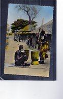 Femme à Plateaux - Ethnie Saras - Tchad