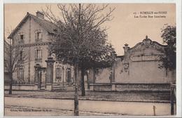 CPA- ROMILLY-sur-SEINE- Les Ecoles Rue Gambetta -dép10-2scans - Romilly-sur-Seine