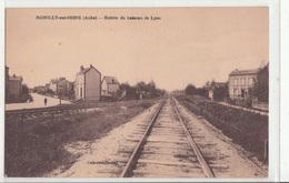 CPA- ROMILLY-sur-SEINE- Entrée Du Hameau De Lyon -dép10-2scans - Romilly-sur-Seine