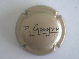 Capsule Champagne Guyon P., N° 5, Gris Et Noir - Non Classés