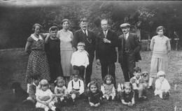 Photographie.Famille à Nandrin.(Garde-chasse De Mr Le Baron)avant 1940---scan---- - Nandrin