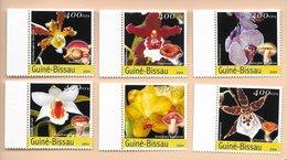 TIMBRES - STAMPS - GUINÉE-BISSAU / GUINEA-BISSAU -2004- FLEURS ET CHAMPIGNONS - SERIE AVEC TIMBRES NEUFS - MNH - Plants