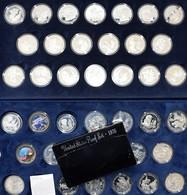 Alle Welt: 500 Years Of America: Eine Sammlung Von 35 Diverser Münzen Der Cook Inseln Aus Den Jahren - Münzen