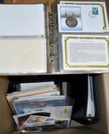 Numisbriefe, Numisblätter: 5 Alben Und Einige Lose Blätter Mit Diversen Numisbriefen/Münzbriefen Und - Münzen