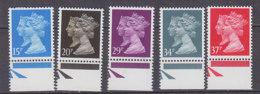 PGL BZ570 - GRANDE BRETAGNE Yv N°1434/38 ** MACHINS - 1952-.... (Elizabeth II)