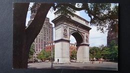 USA - New York - Greenwich Village - Washington Square With Washington Marble Arch -  Look Scans - Greenwich Village