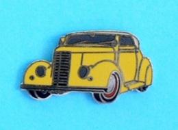 1 PIN'S //   ** FORD TUDOR SEDAN SLANTBACK /1935 ** . (gef.von CHW 5419 Dierdorf) - Ford