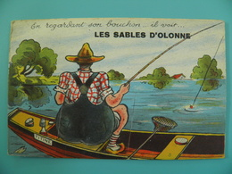 ST/272 - 85 - Les Sables D'Olonne  - Pêcheur Sur Sa Barque Titine - Sables D'Olonne