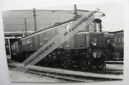Train SNCF Locomotive 2D2 5104  Photo Carriere PHOTO Type Carte - Treinen
