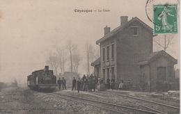 CPA Coyecque (pour Coyecques) - La Gare (très Belle Animation Avec Train) - Autres Communes