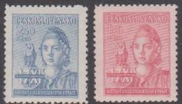 Czechoslovakia Scott B154-155 1945 Student World Congress Prtague, Mint Never Hinged - Czechoslovakia