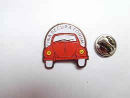 Beau Pin's , Auto Volkswagen Coccinelle VW , Fina Secura Forum Luxembourg - Volkswagen