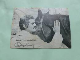 CP 10/15  OMAR SHARIF   Edicasé - Autographes