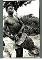Cpa Ethnique Afrique Homme Africain Jouant Du Tambour Djembe Carte Dos Nu Photo ? Narbo  Déstockage à Saisir - Afrique