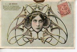 558. BELLE CPA COULEUR ART-NOUVEAU. LES BOUCLES 1905 - Mujeres