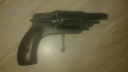 Vieux Revolver 6mm Velo Dog - Decorative Weapons