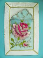 "ST/312- Brodée ""Rose"" Formant Panier Avec Pochon - Embroidered"